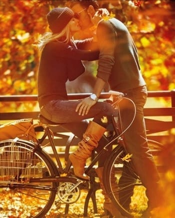 15 Fabulous Fall Date Ideas - Bike Ride