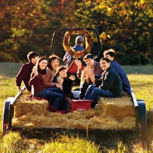15 Fabulous Fall Date Ideas - Hayride