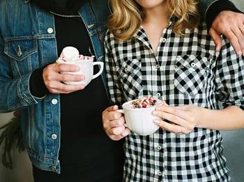 15 Fabulous Fall Date Ideas - Hot Chocolate Date